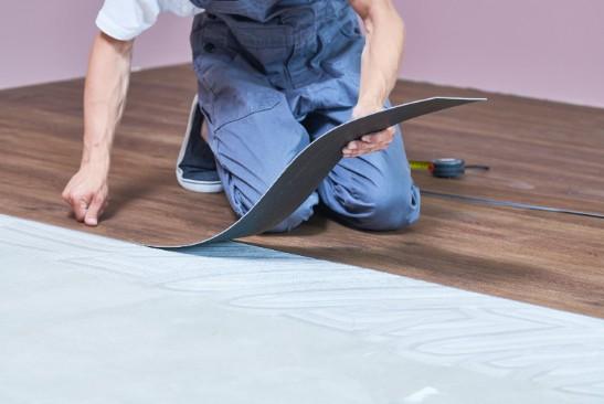 PVC vloer onderhoud leggen